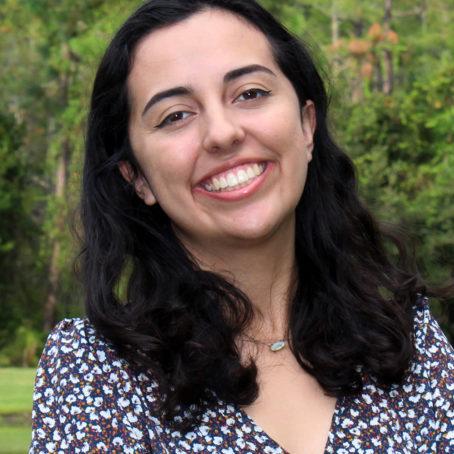 Isabella Delgado Castillo Headshot